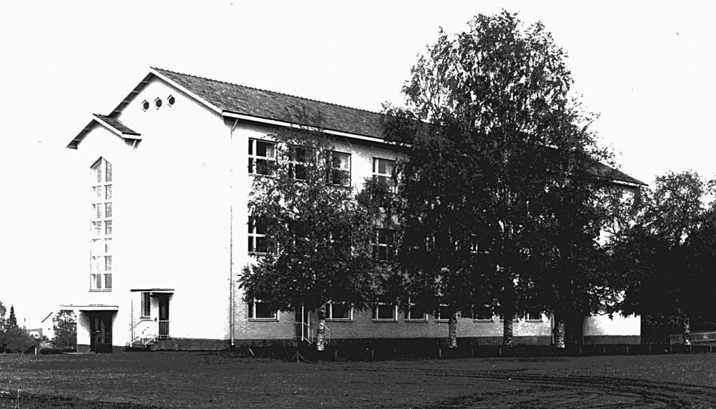 Kirkonkylän uusi koulurakennus